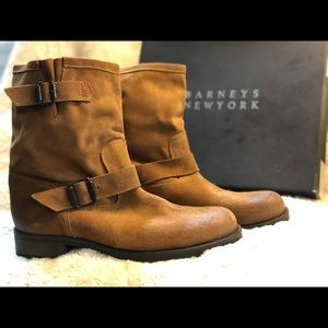 Women's Barneys New York size 39 Tan ankle boot